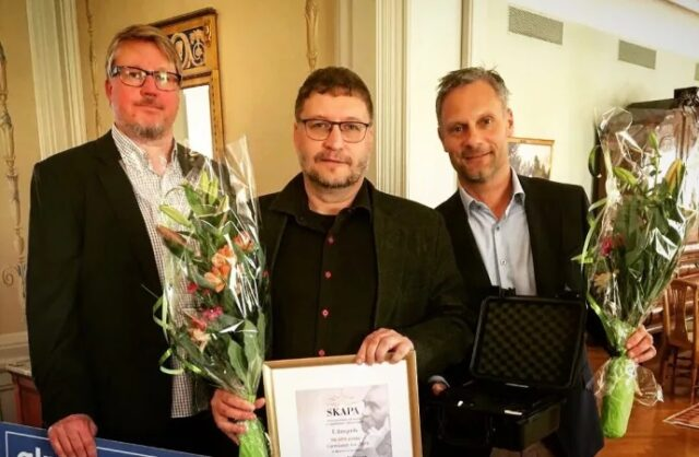Skapa Award Coffee Particle Analyzer Peter Larsson and Anders Eriksson from 3Temp accepted the award